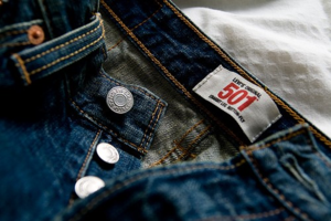 Buttons or Zippers? It depends on how bad you need to go...